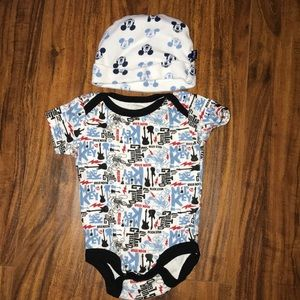 2pc  rockstar Mickey Mouse onesie and hat